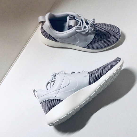 85b4a642570cc NWT NIKE Roshe One Knit vast grey women s shoes